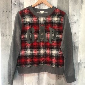 GAP Medium Pullover Sweater